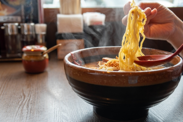 ラーメンの麺の選び方:味噌・とんこつ・担々麺編!